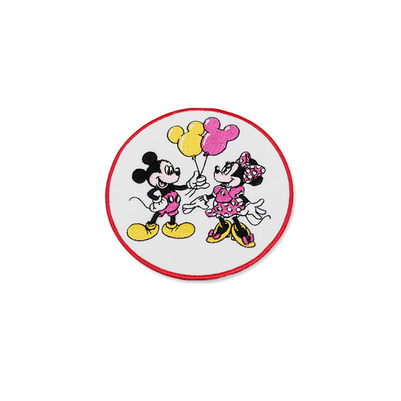 Cartoon mouse embroidered Patches Iron on Patch Badge for clothes decoration