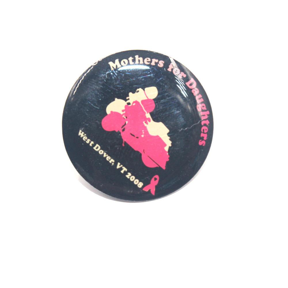 High Quality Customized Logo Hello Kitty Cartoon Metal Pin Badge